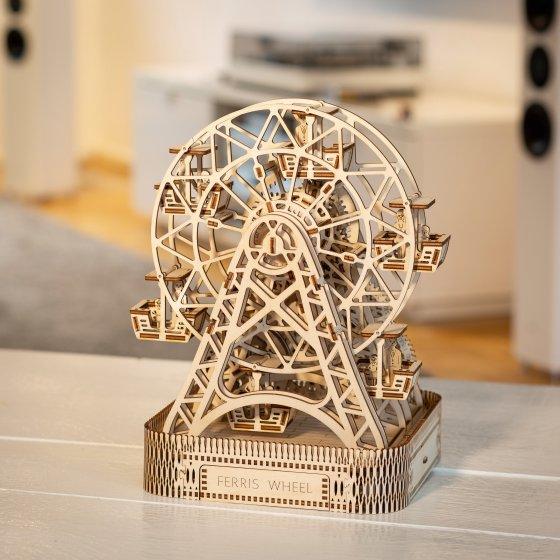 Houten model 'Kinetisch reuzenrad'