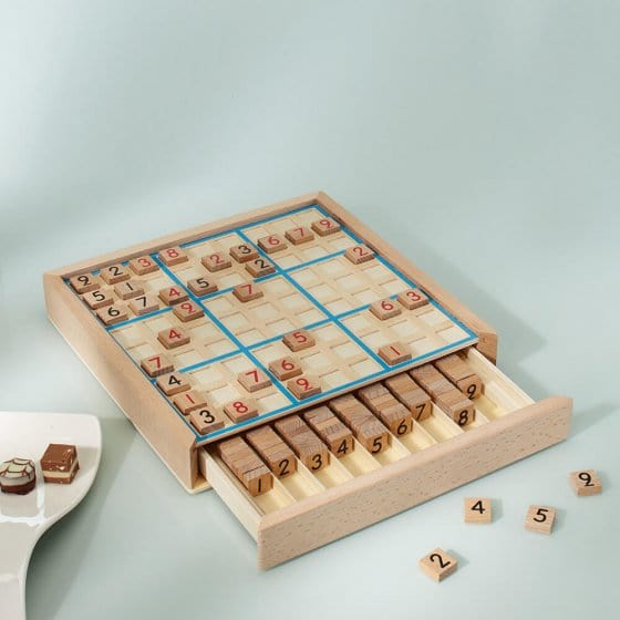Votre cadeau : jeu de sudoku classique en bois